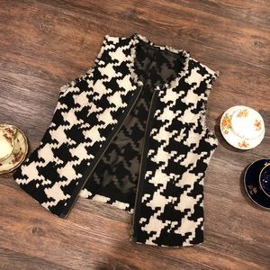 Houndstooth Black and White Zip Up Vest